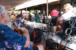 Na Kupuna attracts a crowd to Hotel Molokai every Friday night.