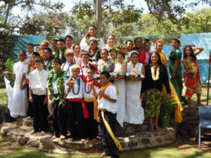 Kilohana School May Day court. Photo by Catherine Cluett