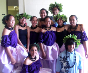 Performers for Middle School May Day included the eighth grade class along with Hawaiian Language Immersion students. Photo by 'Iolani Ku'oha.