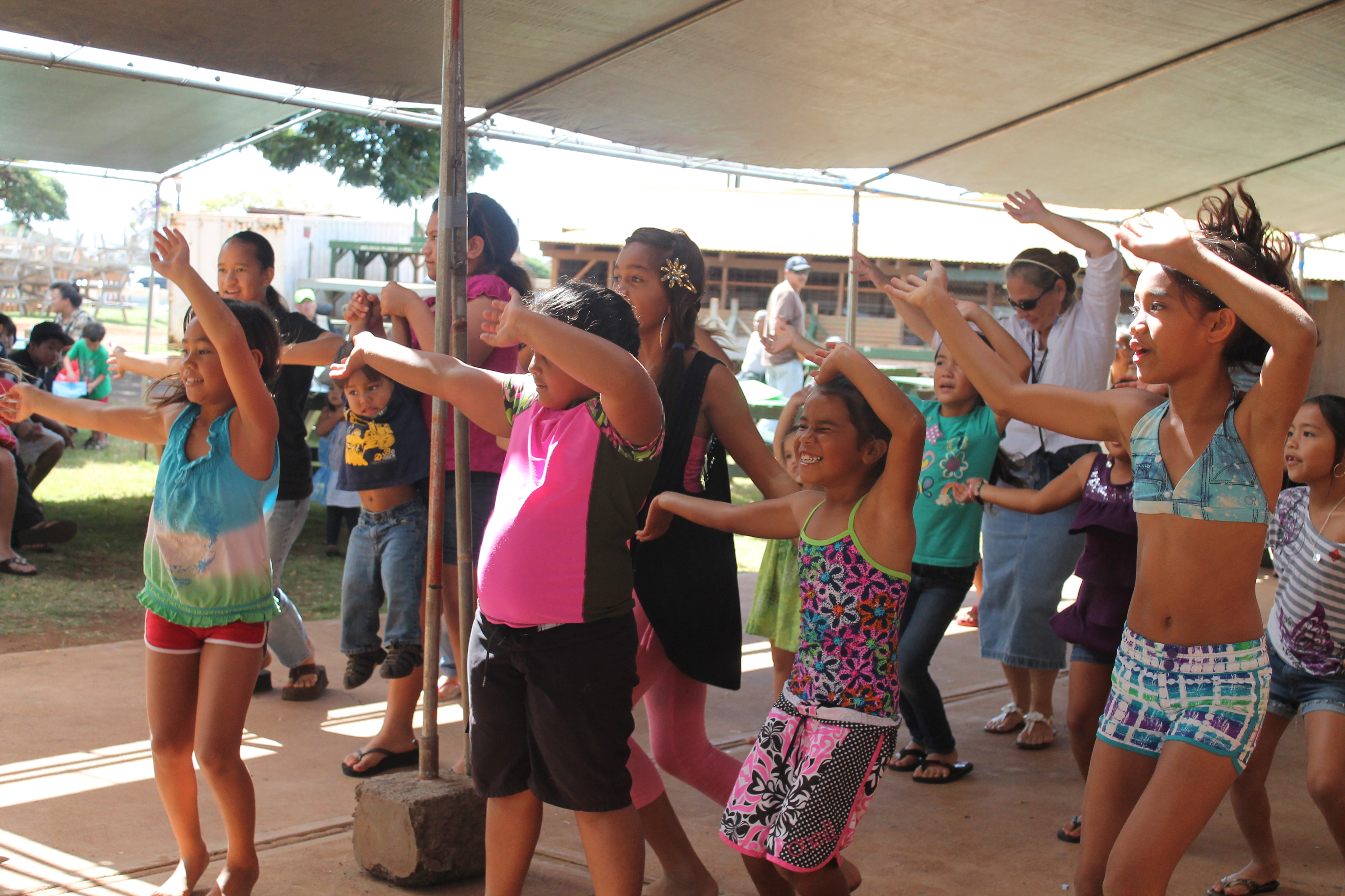 Zumba participants dance the morning away at the 2013 Keiki Expo