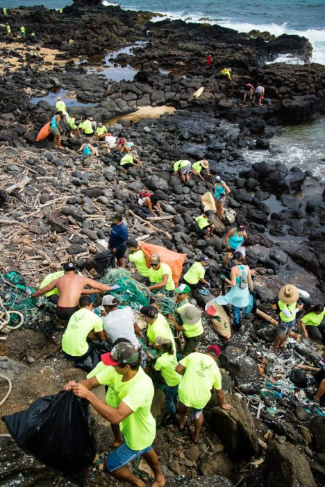 Volunteers Remove 30,000 Pounds of Debris