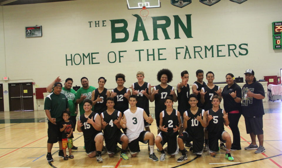 Farmers Volleyball Sweeps Dragons