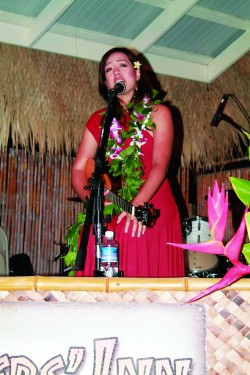Raiatea's Sea of Love Tour Makes Waves on Molokai
