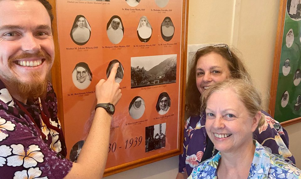 Visitors Bring Special Connection to Kalaupapa