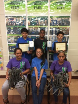 Middle School Robotics Going to World Competition
