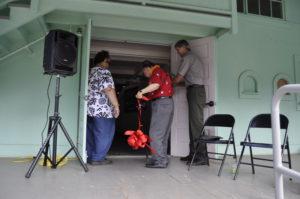 Sen. Inouye Makes Kalaupapa Visit